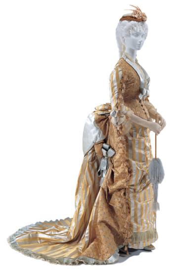 ヴィジティング・ドレス